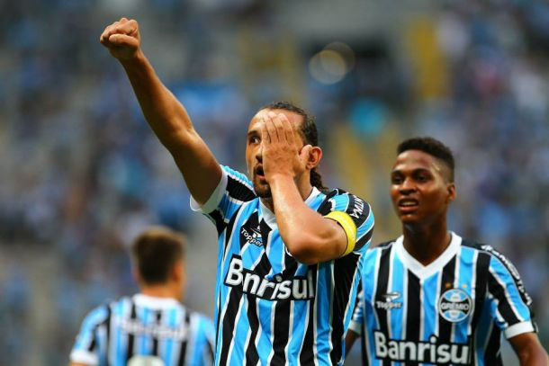 Enderson Moreira destaca importância de goleada gremista