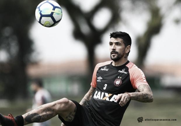 Atlético-PR tem oito jogadores em fim de contrato