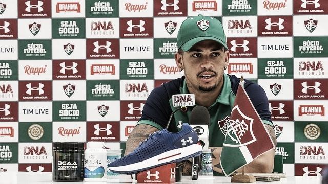 Luciano celebra fase artilheira e diz torcer por permanência de Everaldo no Fluminense