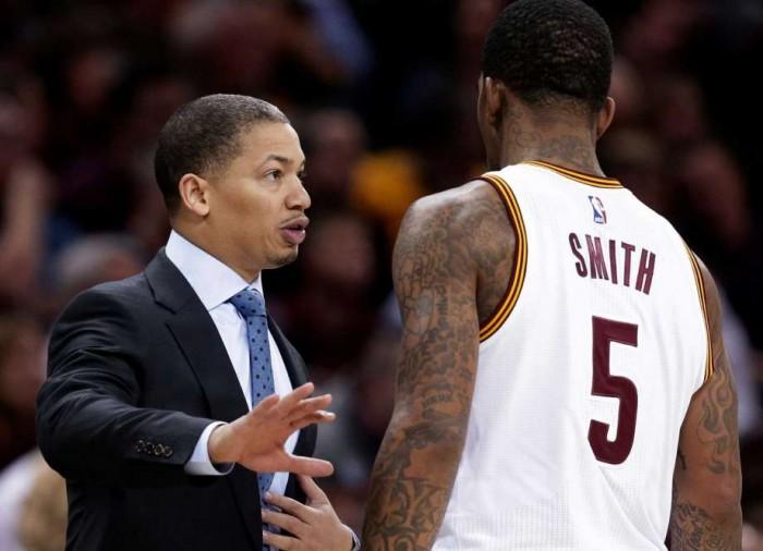 """Cleveland Cavaliers, coach Lue: """"L'infortunio di JR Smith è un duro colpo. Lebron? E' un grande"""""""