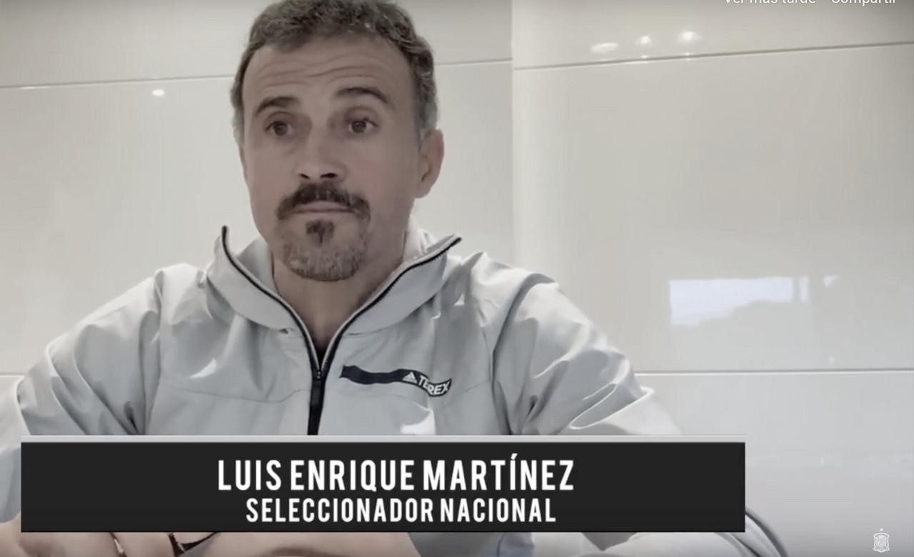 """Luis Enrique responde a los aficionados: """"Cuando era niño, España vs Malta"""", mejor partido"""