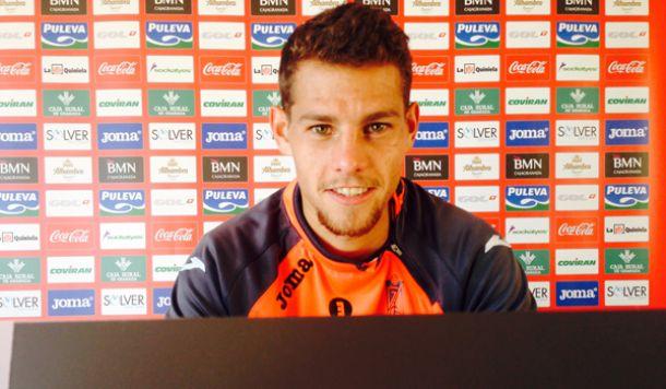 """Luis Lozano: """"El partido ante el Sevilla Atlético será muy duro"""""""