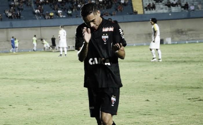 Luiz Fernando comemora bom momento e acesso do Atlético-GO