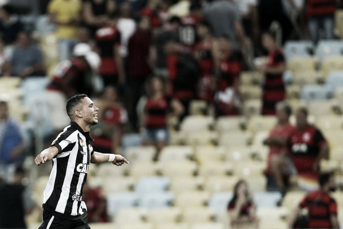 Jovem e 'aposta' para 2018, Luiz Fernando 'se encontra' em momento decisivo para Botafogo