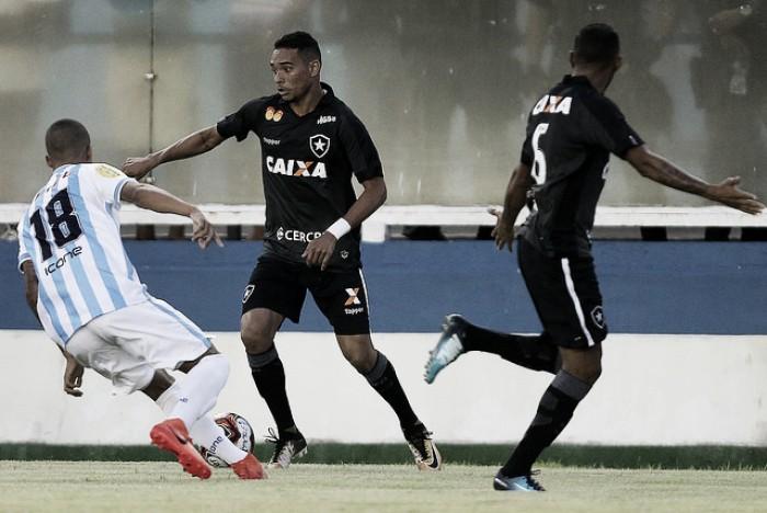 Notas: Luiz Fernando não marca, mas é destaque da primeira vitória do Botafogo em 2018