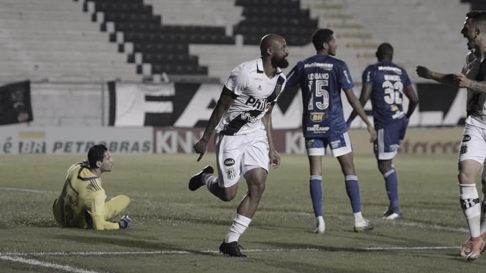 Luizão após Ponte Preta 2 a 1 Cruzeiro (Foto: Divulgação / AA Ponte Preta)