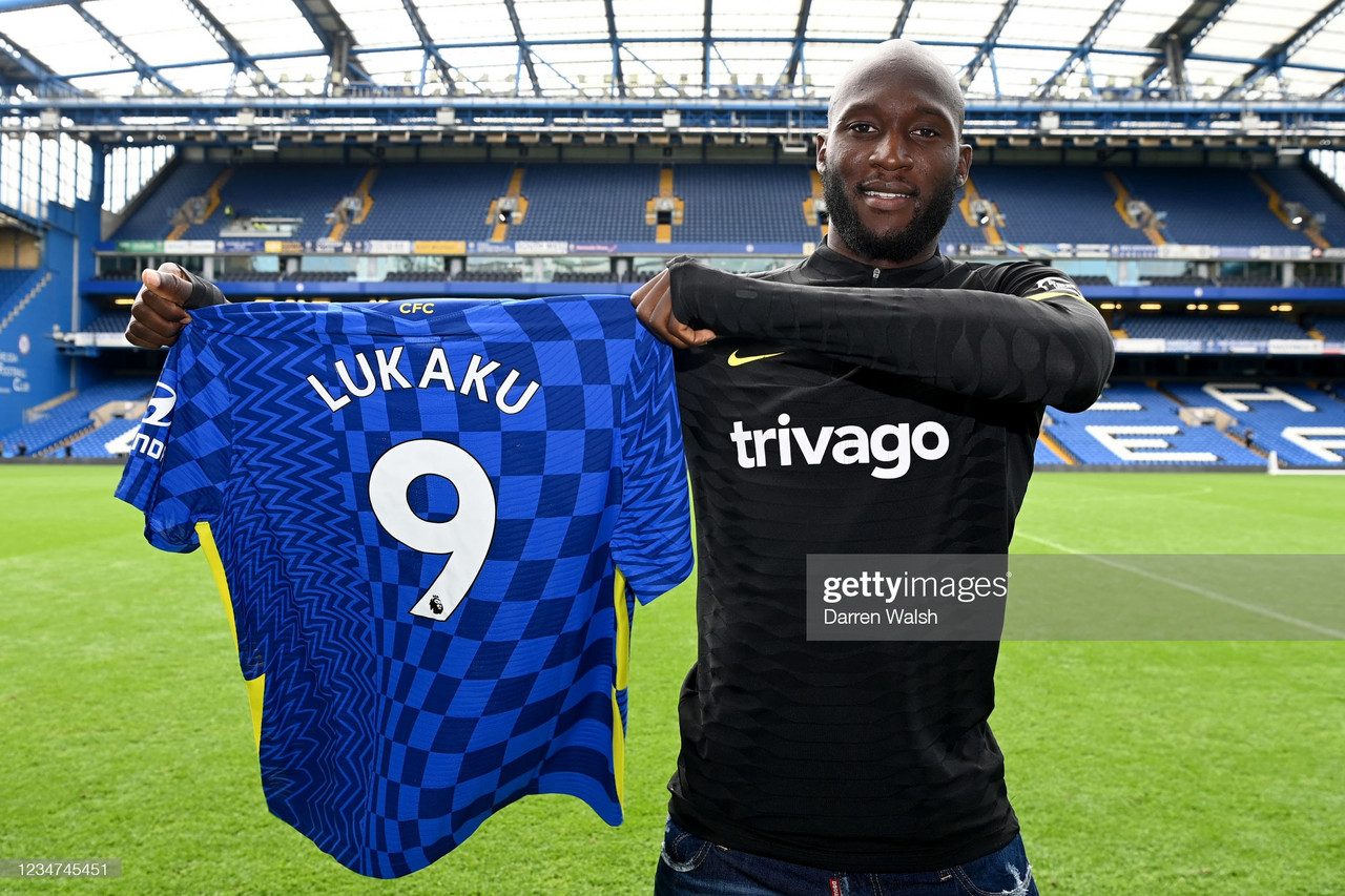 Lukaku 'available' for London Derby