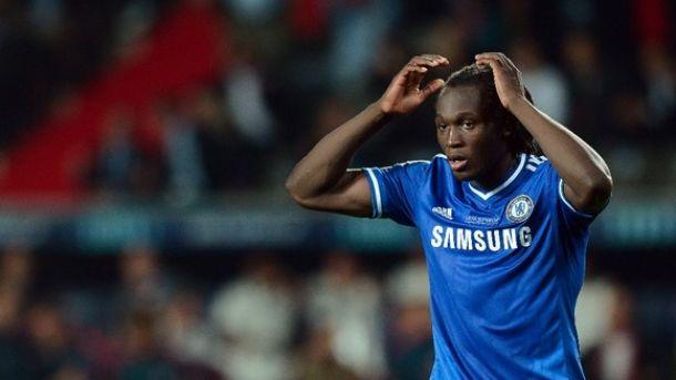 Everton sign Lukaku on loan