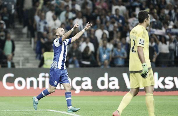 Porto 1-0 Benfica: Porto triunfa no Clássico com golo de André André