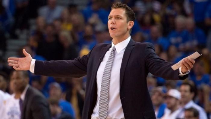 """Nba - Los Angeles Lakers, coach Walton dopo la debacle di Dallas: """"Sono arrabbiato, possiamo dare molto di più"""""""
