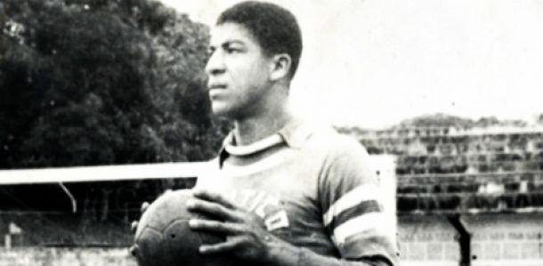 Lula Monstrinho, ídolo e ex-goleiro do Náutico, morre aos 72 anos