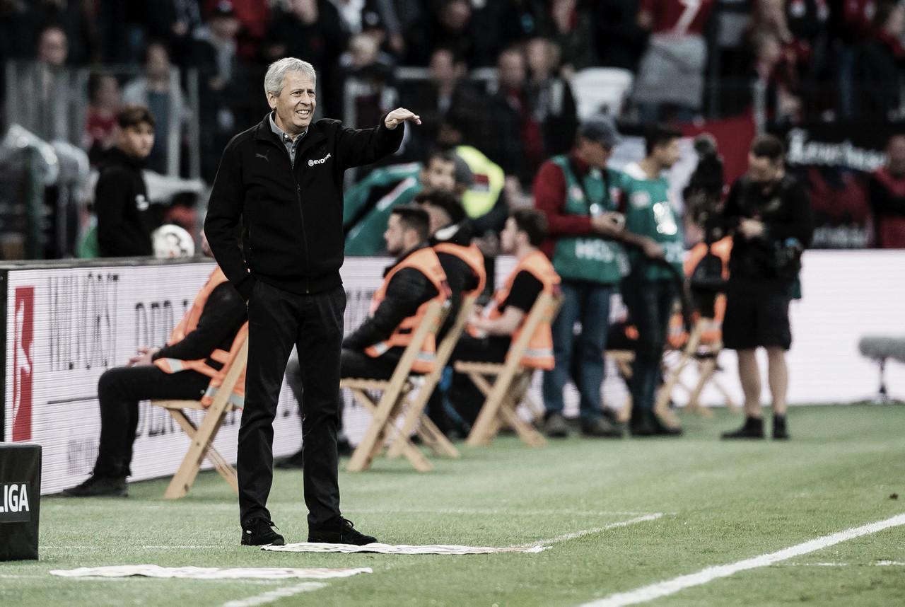 """Favre celebra vitória e exalta boa fase do BVB: """"A liderança do campeonato é ótima"""""""