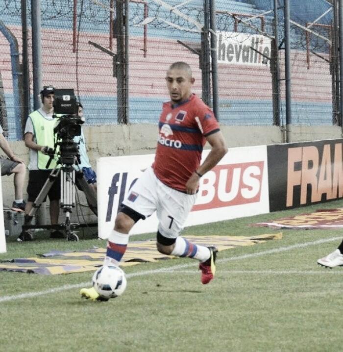 Carlos Luna: el Salvavidas de la derrota vs Sarmiento