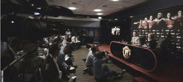 La première conférence de presse de Louis van Gaal