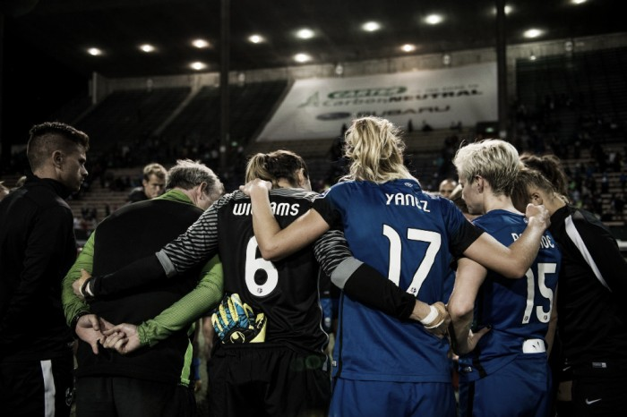 Seattle Reign FC signs goalkeeper Lydia Williams