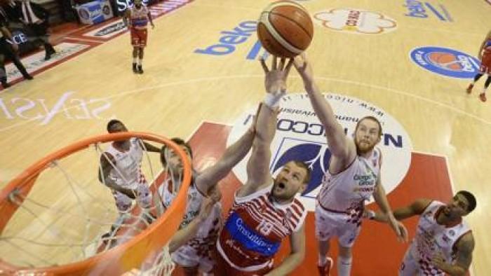 Serie A Beko - Pistoia rimonta e batte Pesaro (77-75)