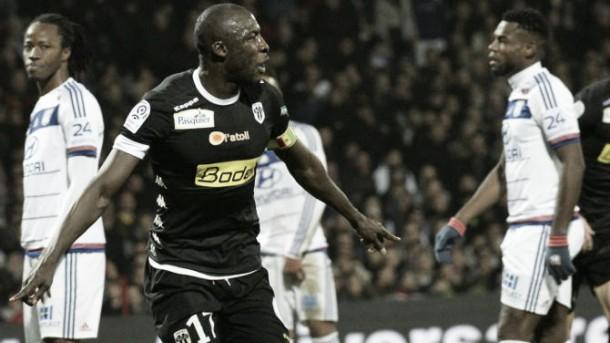 Il weekend di Ligue 1: il PSG vince ancora, l'Angers batte il Lione e torna secondo. Ok il Monaco, cade il Caen