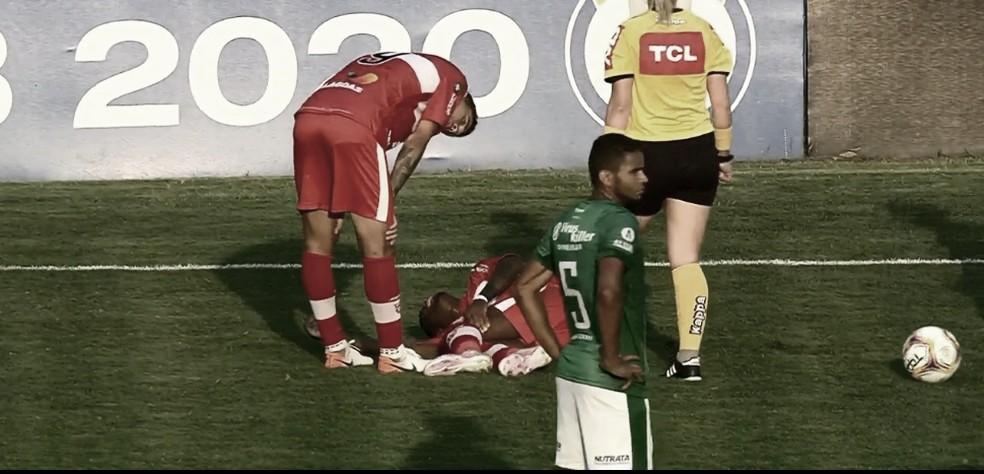 Marcos Calazans sofre nova lesão no joelho e desfalcará CRB durante oito meses