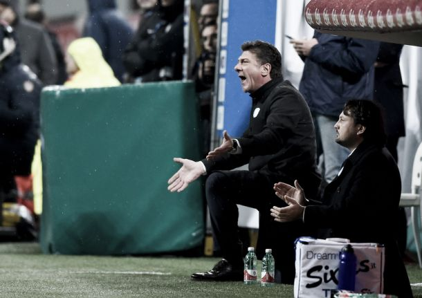 """Mazzarri: """"Peccato subire gol all'ultimo ma stiamo reagendo. Con Icardi nessun problema, resto ottimista"""""""