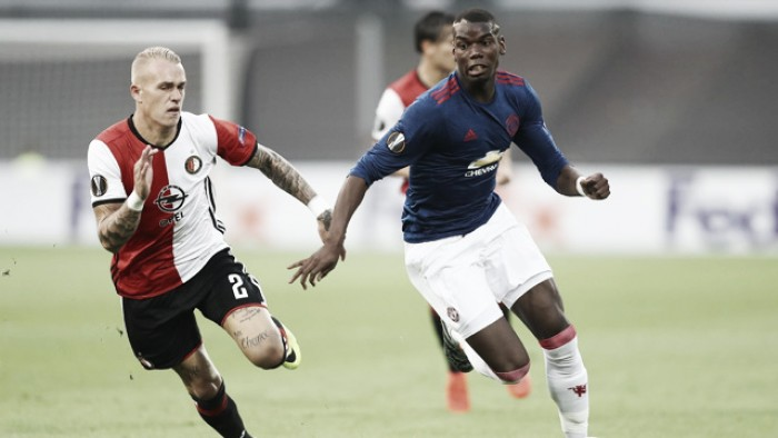 Para evitar vexame, United recebe Feyenoord tentando vaga na próxima fase da UEL