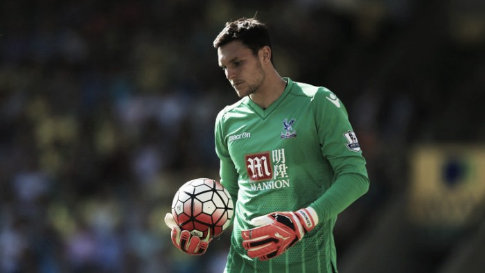 Southampton confirm the signing of goalkeeper Alex McCarthy