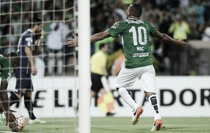 Atlético Nacional mantém destaques, mas muda ataque em busca da decisão continental