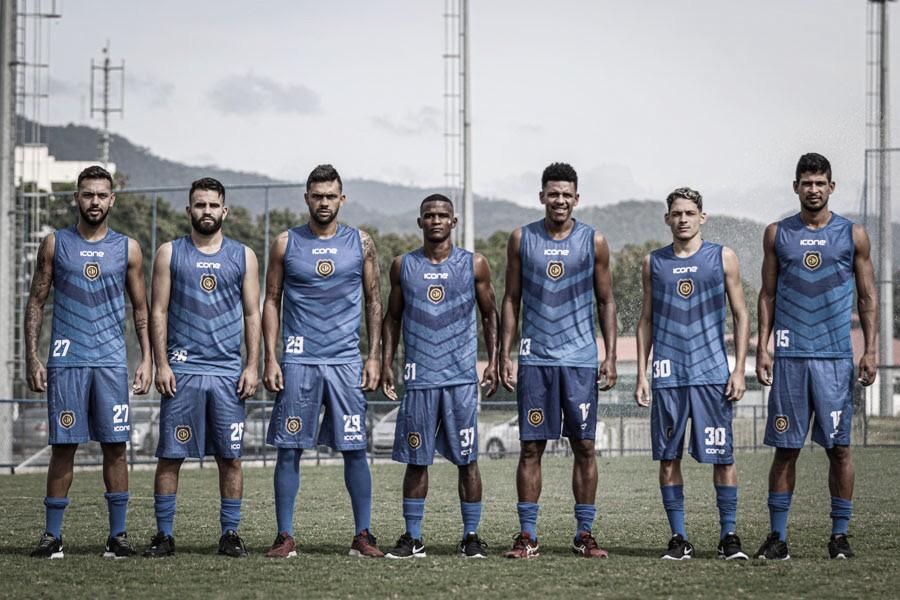 Madureira anuncia a contratação de sete jogadores para disputar o estadual