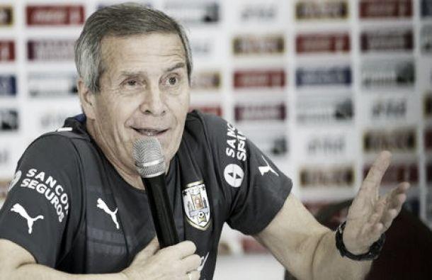 """Tabárez: """"que juegue Suárez es una posibilidad"""""""