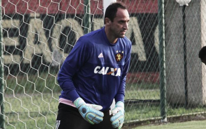 Oswaldo confirma volta de Magrão ao gol e define Sport para partida contra o Grêmio
