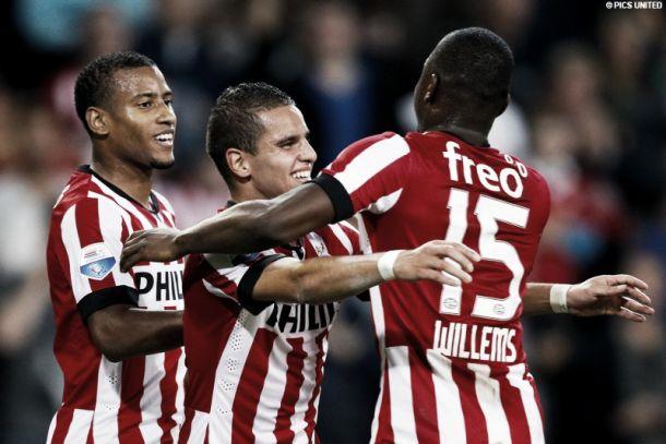 El PSV, más líder a costa de un pobre AZ