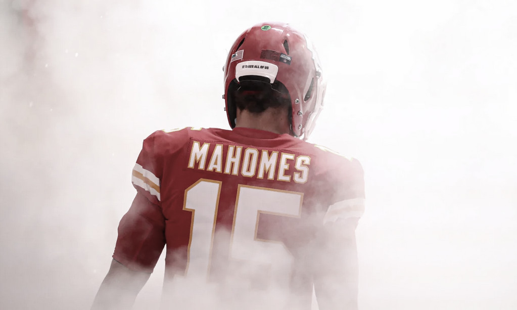 Consistência de Patrick Mahomes conduz Kansas City Chiefs a outro Super Bowl