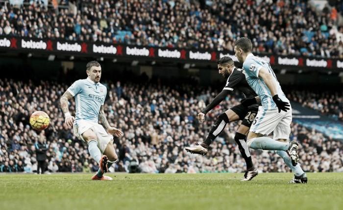 Premier League, il Leicester vince anche all'Etihad. City trafitto da Huth e Mahrez (1-3)