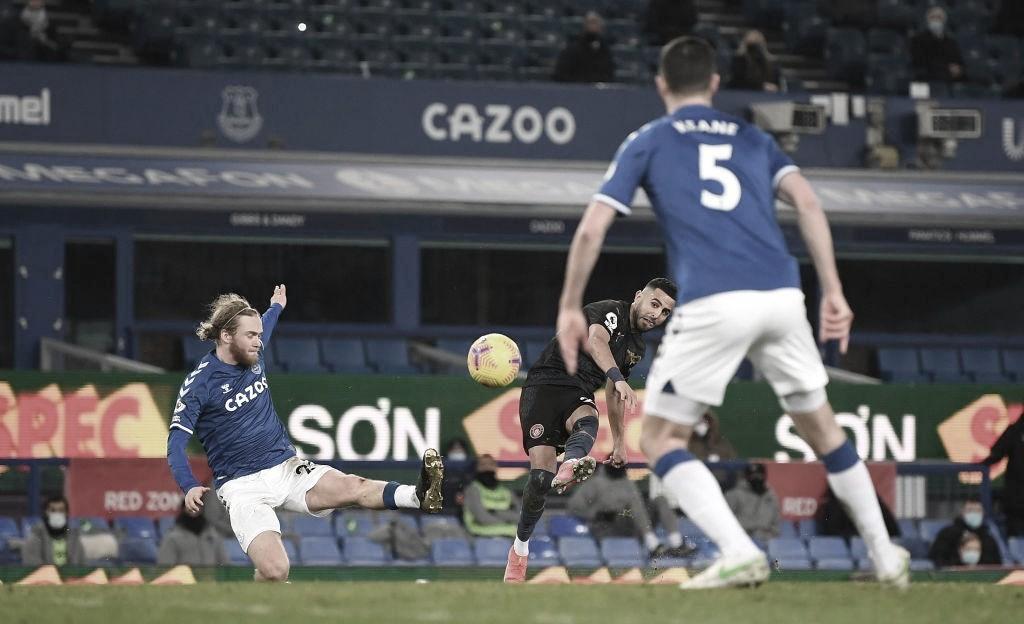 El Everton se desinfla ante el titán 'Citizen'