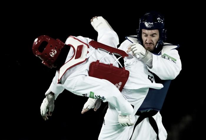 Maicon Siqueira vence repescagem no Taekwondo e conquista medalha de bronze