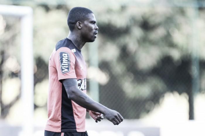 Maicosuel treina, é regularizado pelo Atlético-MG e pode reestrear contra Flamengo