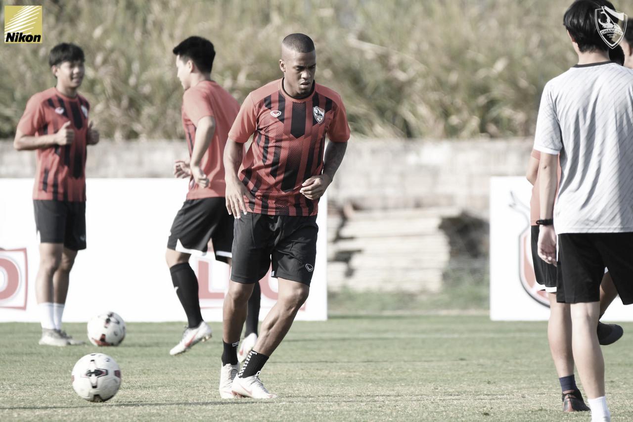 De volta ao futebol asiático, Maílson projeta ano vitorioso no Chiangrai United/TAI