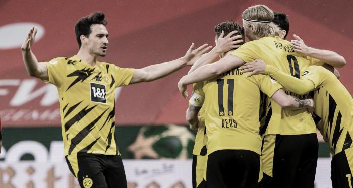 Dortmund asegura puesto de Champions League