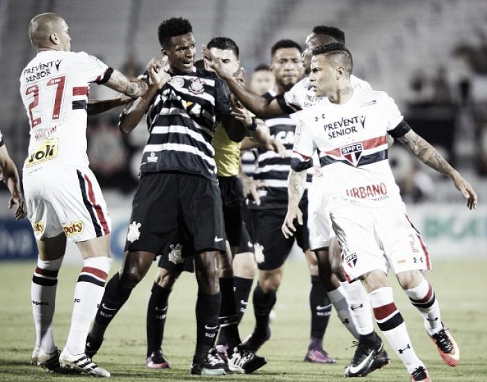 Sem selecionáveis, São Paulo enfrenta Corinthians no Morumbi