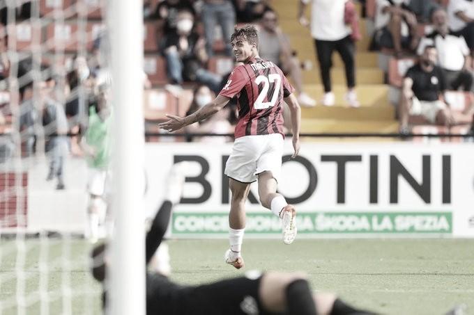 Milan assume liderança provisória da Serie A após vitória suada contra Spezia