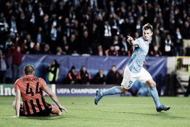 Malmö vence Shakhtar e complica situação do time ucraniano na Champions League