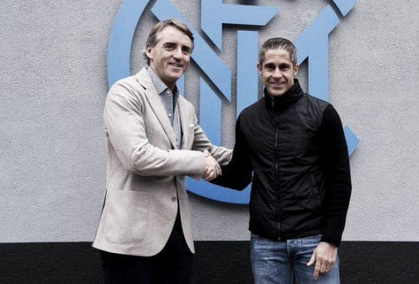 """Inter, parla Sylvinho: """"Mancini è uno dei migliori al mondo"""""""
