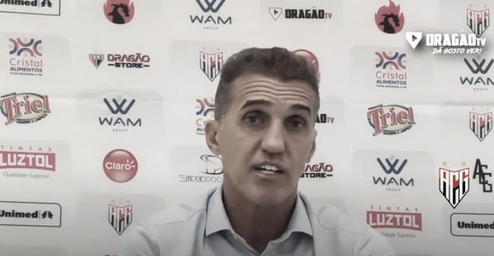 Vagner Mancini lamenta que erros do Atlético-GO foram cruciais para derrota em casa