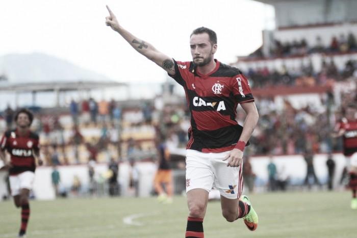 Sétimo reforço? Cruzeiro se aproxima de acerto com Mancuello, meia do Flamengo