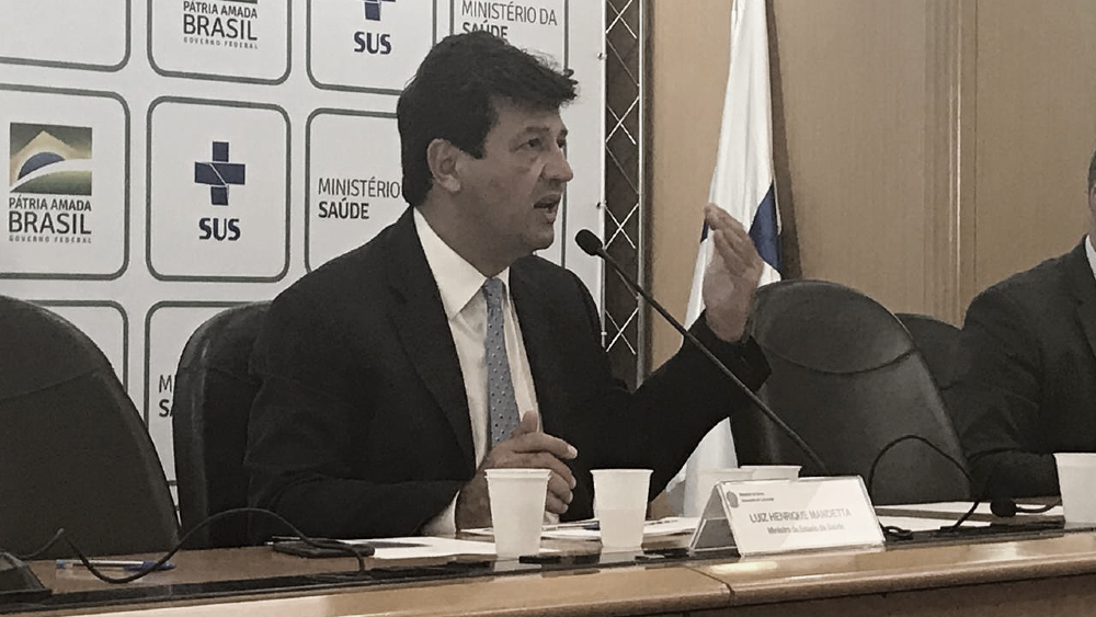 Atualização: ajuda do Governo nos salários, novo protocolo para postos de saúde e casos no Brasil
