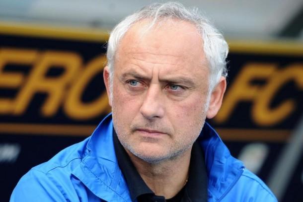 Mandorlini, cesado como entrenador del Verona