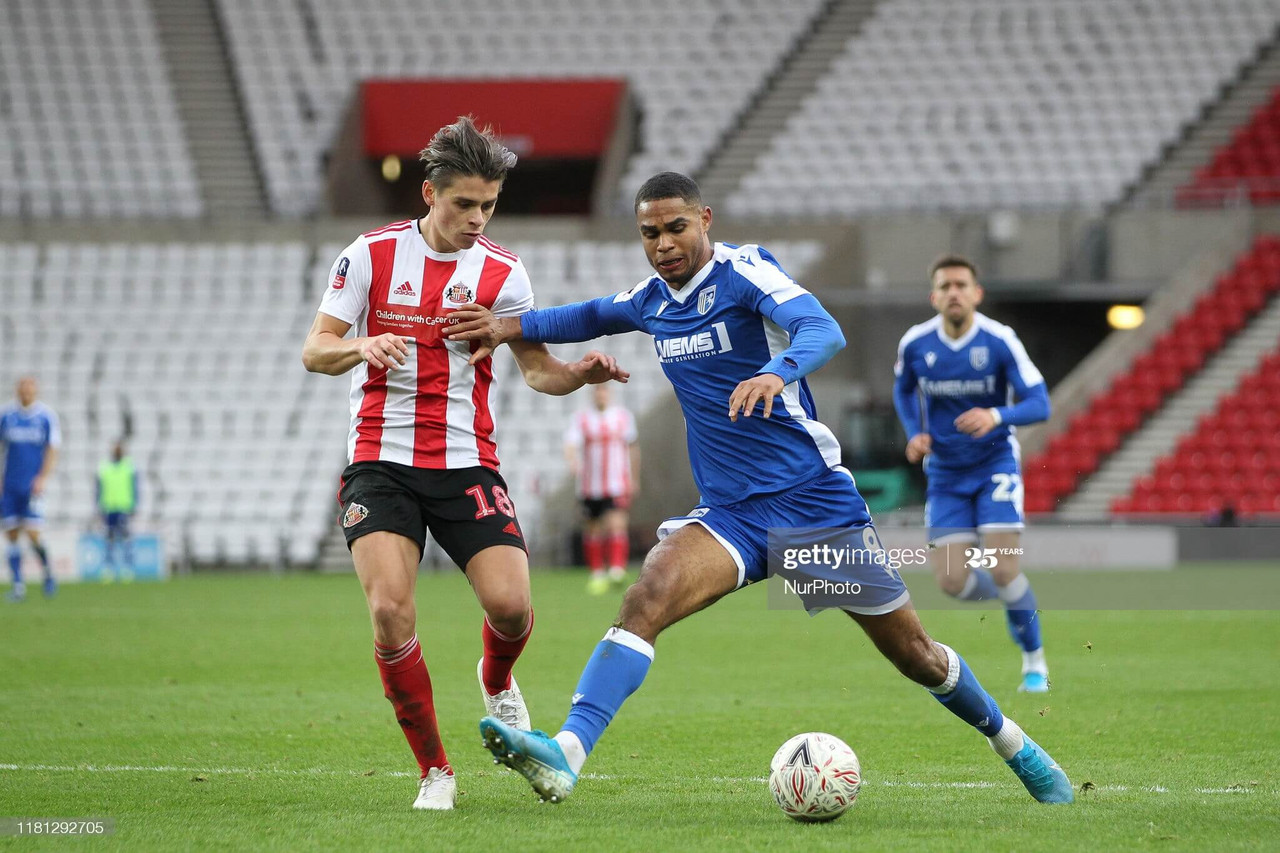 Mikael Mandron signs for Crewe Alexandra