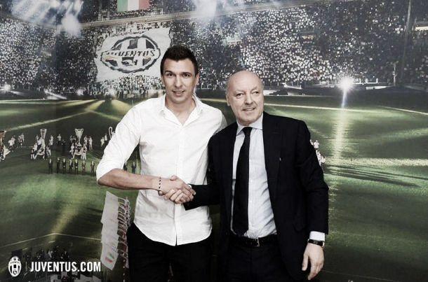 Reforço de peso para o ataque: Mario Mandzukic assina pela Juventus