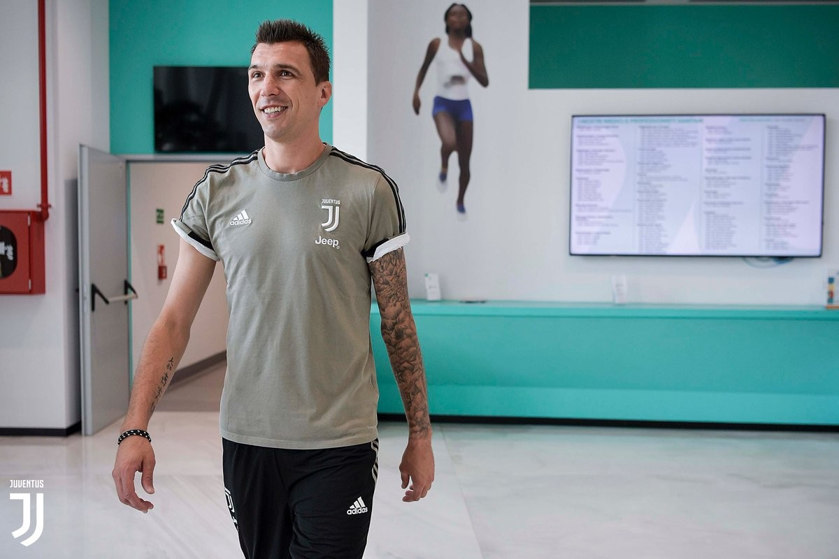 Mandzukic è tornato a Torino! E la Juve lo celebra