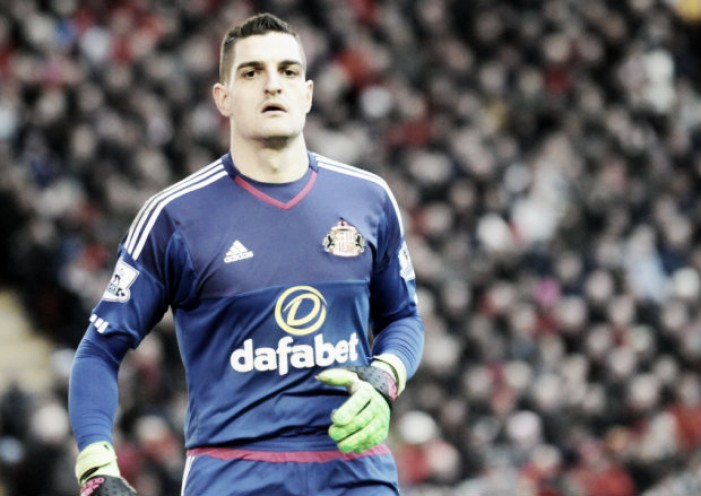Vito Mannone eyeing up Italy's number one shirt