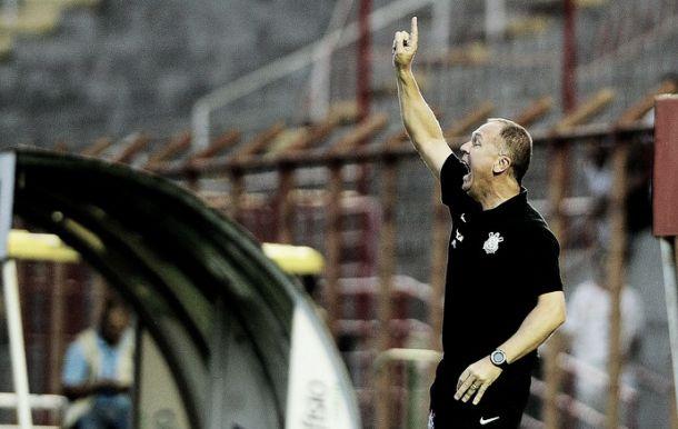 """Corinthians consegue empate contra o Mogi Mirim, mas Mano admite: """"Temos de nos impor mais"""""""